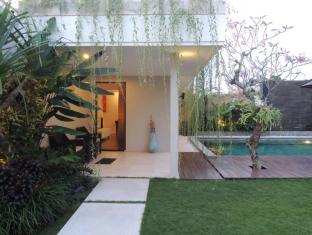 Villa Oasis Jimbaran Bali