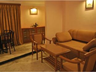 Hotel Atchaya Chennai - Suite Room Interior