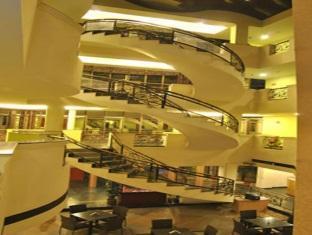 Hotel Atchaya Chennai - Staircase