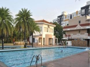 Hotel Atchaya Chennai - Swimming Pool