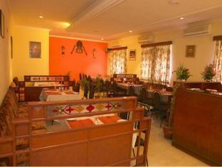 Hotel Atchaya Chennai - Multi Cuisine Restaurant