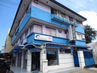 /blue-roof-inn-pension-house/hotel/bacolod-negros-occidental-ph.html?asq=jGXBHFvRg5Z51Emf%2fbXG4w%3d%3d