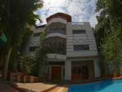 You Khin House | Cambodia Hotels