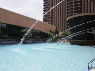Luxury Serviced Suites @ Times Square Kuala Lumpur - Swimming Pool