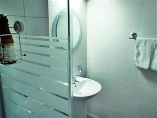 2Nville Guest house Seoul - Shower booth