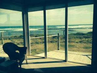 Wytonia Beachfront Accommodation Port Fairy - View