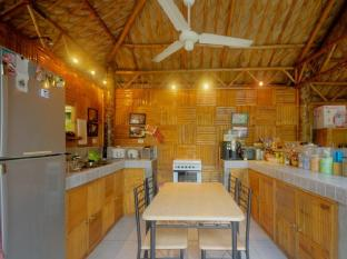 Samal Island Huts Davao Stadt - Suite