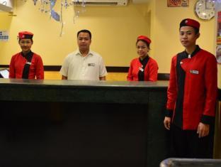 Hotel Sogo Edsa Caloocan Manila - Reception