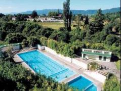 Opal Hot Springs & Holiday Park   New Zealand Budget Hotels
