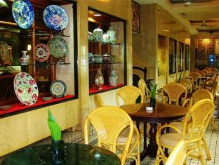 Telang Usan Hotel Kuching Kuching - Coffee House