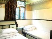 Háromszemélyes szoba (1 kétszemélyes ággyal és 1 egyszemélyes ággyal)