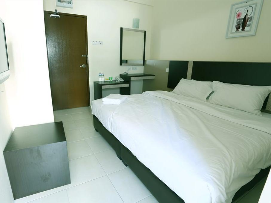 ND ホテル11