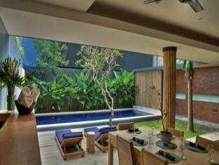 The Grove Bumbak Villa