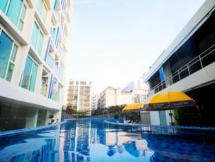 R-Con Blue Ocean Hotel Pattaya - Swimming Pool