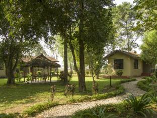 Green Mansions Jungle Resort Chitwan - Exterior