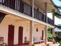 Backpacker Riverside Guesthouse: exterior