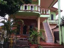 Sisombat Guest House: exterior