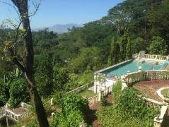 Hotel in Philippines Subic (Zambales) | Mountain Woods Inn