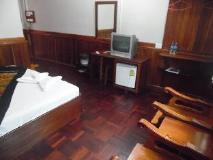 Rattanasavanh Hotel: guest room