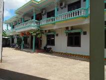 Rattanasavanh Hotel: exterior
