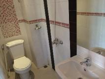 Lao Silk Hotel: bathroom