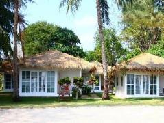 Sky Beach Resort Koh Mak   Koh Mak (Trad) Hotel Discounts Thailand