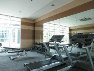 Fort Crescent Suites Manila - Fitness Room
