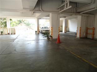 Panorama Executive Residencies Colombo - Car park