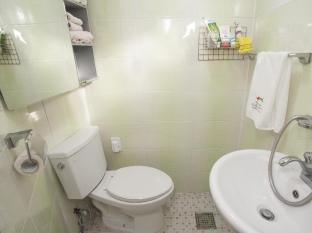 Kimchi Hanok Guesthouse Seoul - Bathroom
