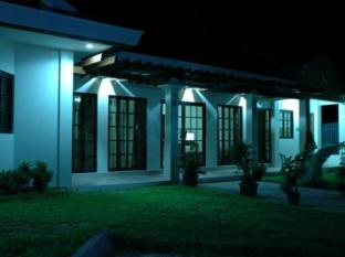 /brazaville-beach-resort/hotel/bacolod-negros-occidental-ph.html?asq=jGXBHFvRg5Z51Emf%2fbXG4w%3d%3d