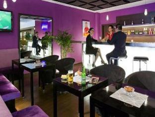 Ibis Lianyang Hotel Shanghai - Vestíbulo