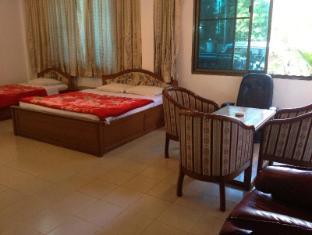 Royal White Elephant Hotel Yangon - Deluxe