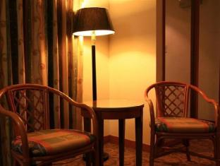 Empress Hotel Taipei - Suite Room