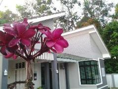Morak Villa Resort | Malaysia Hotel Discount Rates