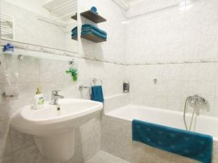 Kornelia Residence Budapest - Bathroom