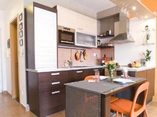 Kornelia Residence Budapest - Guest Room