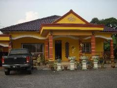 Homestay Pachitan | Malaysia Hotel Discount Rates
