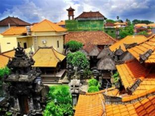 Bemo Corner Guest House Bali - Bahagian Luar Hotel