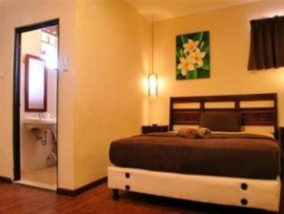 Bemo Corner Guest House Bali - Guest Room