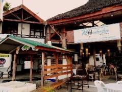 Hotel in Philippines Puerto Galera   ABWonderdive Resort
