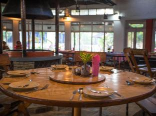 Chitwan Adventure Resort Chitwan - Ristorante