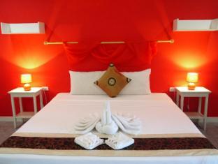 Surin Sweet Hotel Phuket - Pokój gościnny