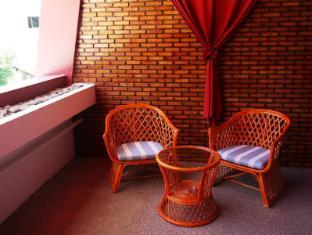 Surin Sweet Hotel Phuket - Balkon/Taras