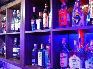 Surin Sweet Hotel Phuket - bar/salon