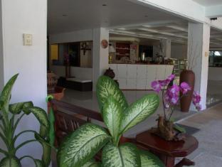 Surin Sweet Hotel Phuket - Lobi