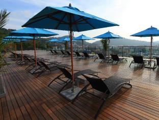 The Senses Resort Patong Beach Phuket - Pool Deck
