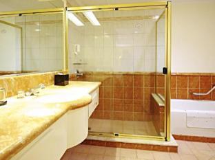Greenstone Serviced Residences Makati Manila - Studio Bathroom