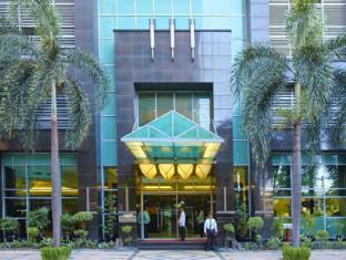 Greenstone Serviced Residences Makati Manila - Entrance