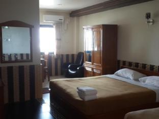 M.G.M Hotel Yangon - Guest Room