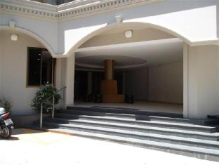 Honey Lodge Pattaya - Entrance